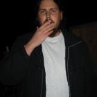 Max arbeitet an der Missionierung der Höhle Lungenfriedhof
